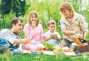 familie-vegana-picnic-verdeata