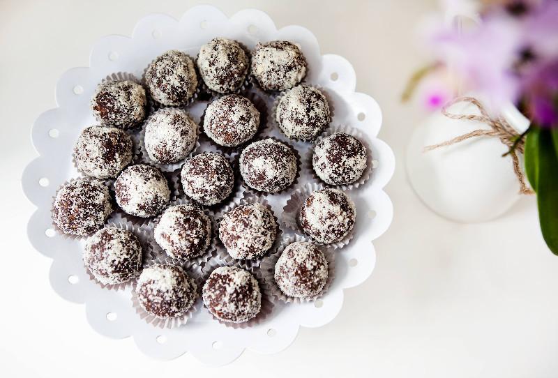 5678fec965a05Rawyal-Comboane-de-ciocolata-cu-cocos-2