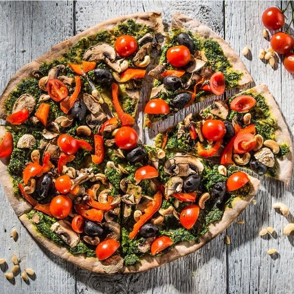 Pizza-cu-spanac-si-caju_-600x600