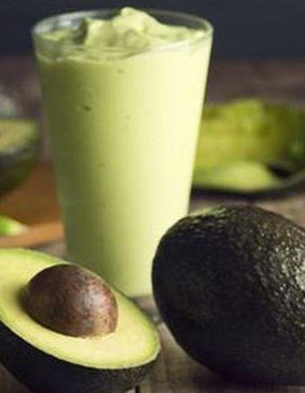 D12/MD – Smoothie cu avocado şi ţelină