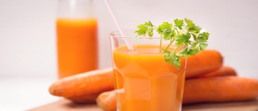 D16/MD – Smoothie energizant cu morcovi şi ghimbir