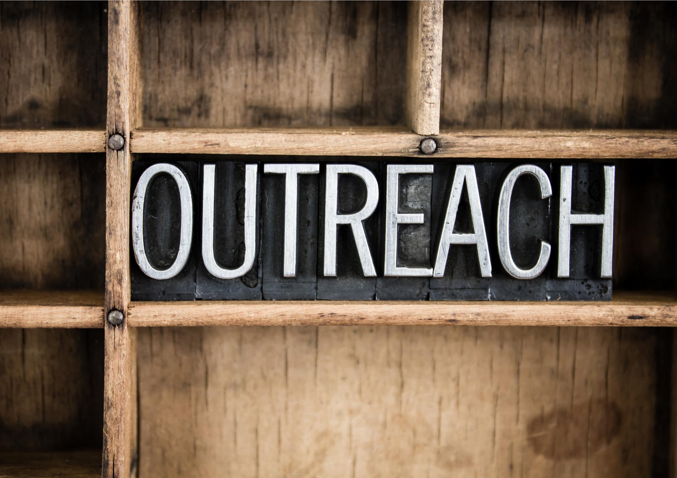 Campanie de Outreach Guvernamental